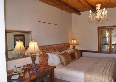 Honeymoon Suite at Oue Werf Guest House Oudtshoorn